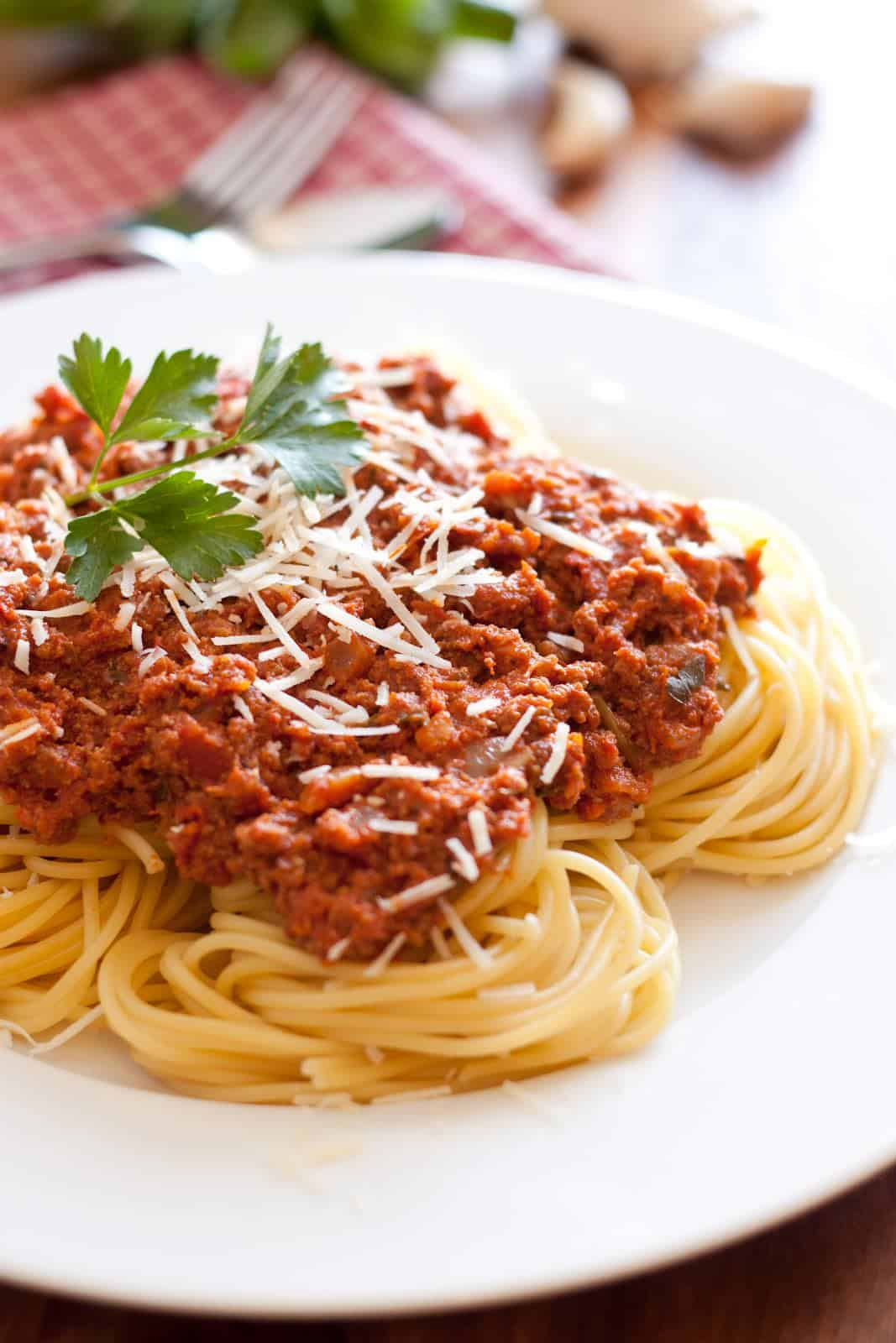 Traditional Beef Spaghetti - Crescent Foods Premium All Natural Halal ...